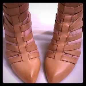 Jeffrey Campbell tan leather cage wedges 7.5